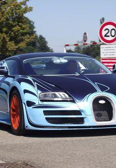 Bugatti Veyron Supersport Saphir Blue