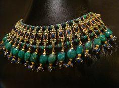 http://mahfoozjewellers.com/gold-jewellery/sets/img/items-sets/10.jpg