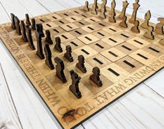 Laser Cut Chess Set - What a great way to make it portable! Laser Cutter Ideas, Laser Cutter Projects, Cnc Projects, Cardboard Toys, Cardboard Furniture, Kid Furniture, Furniture Design, Stained Glass Patterns Free, Laser Cut Plywood
