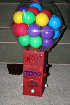 Mommy Lessons 101: Creative Valentine Box Ideas #1 - Gumball Machine