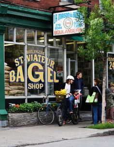 St-Viateur Bagel: a true Montreal flavor. World-famous Happy Canada Day, The Beautiful Country, Travel Channel, Quebec City, Grand Tour, Travel Memories, Canada Travel, Historical Sites, Time Travel