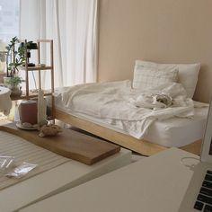 Small Room Bedroom, Home Decor Bedroom, Aesthetic Room Decor, Minimalist Room, House Rooms, Home Interior Design, Decoration, Aesthetics, Cozy