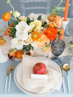 16 Stunning Summer Wedding Flowers----blush pink, orange and white poppy centerpiece with pomegranate in the center of table ware, diy tablescapes Wedding Table Flowers, Flower Bouquet Wedding, Floral Wedding, Orange Wedding Decor, Blue Orange Weddings, Wedding Tables, Wedding Arrangements, Table Arrangements, Floral Arrangements