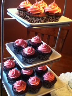 Pink baby shower cupcakes! awesome ideas for nene pink girl baby shower