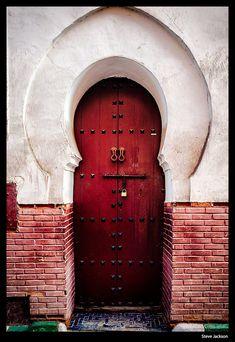 A doorway in Marrakesh.