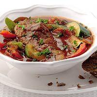 Recept - Runderstoofschotel met ratatouille - Allerhande Ratatouille, Slowcooker, Cooking, Recipes, Food, Kitchen, Cuisine, Koken, Rezepte