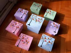 Diy Mod Podge, Valentine's Day Diy, Trinket Boxes, Tinkerbell, Flower Pots, Ideas Para, Diy And Crafts, Gift Wrapping, Valentines