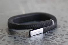 運動、睡眠、食事、感情を記録するライフロガーガジェット「Jawbone UP」 [In store now] #iPhone