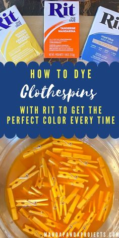 The Best Way to Dye Clothespins with RIT to get the Perfect Color Diy Home Crafts, Craft Stick Crafts, Diy Craft Projects, Holiday Crafts, Crafts To Make, Easy Crafts, Craft Ideas, Christmas Diy, Decorating Ideas