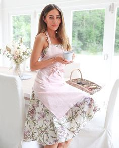 Here Comes The Summer, Lydia Elise Millen, Feminine Energy, Positive Attitude, Mom Style, Classy Outfits, Style Inspiration, Fashion Outfits, Clothes For Women
