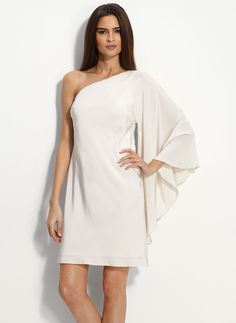love the sleeve on this dress