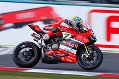 #birmingham Davies on Fire as Friday's Fastest Overall  Davies on Fire as Friday's Fastest Overall 1 Chaz Davies was the man to beat on Friday at Magny-Cours, after finishing at the top of the time sheets in both practice sessions. http://superbike-news.co.uk/wordpress/Motorcycle-News/davies-fire-fridays-fastest-overall/