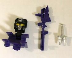 G1 TRANSFORMERS ACCESSORIES PARTS WEAPONS GUNS CANNONS MISSILES /& BASE PIECES