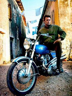 Clint Eastwood on Norton Commando S Motorcycle - Photo Poster