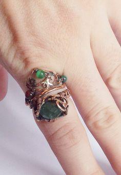 Медь, хризопраз, кошачий глаз, агат. Кольцо разъемное. Размеры - 16, 17, 18. Copper, chrysoprase, cat's eye, agate. Detachable ring. Dimensions - 16, 17, 18.