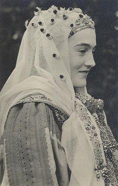 "Magyarvista young lady with ""vállfűs"" shirt and bridal veil:)"