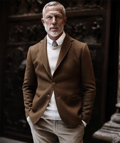 Striking photo! Interesting wool-on-wool styling.