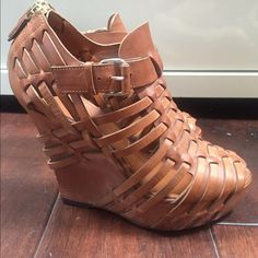 """GIVENCHI leather platforms 37 Givenchi leather platforms size 37 brown leather, side buckle and gold zipper on back for easier fit 5"""" heel and 3"""" platform. Made in Italy Givenchy Shoes Platforms"""