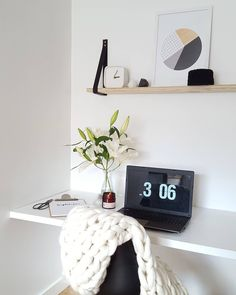 decor / home office / office table / desktop / scandinavian design style / notebook / Home Office Space, Home Office Design, Home Office Decor, Workspace Design, Office Workspace, Office Table, Workspace Inspiration, Home Decor Inspiration, Study Nook