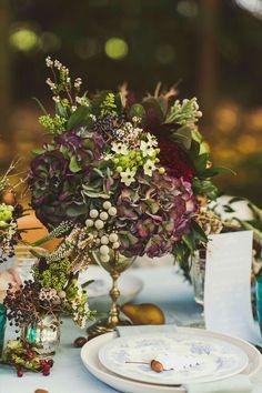 Autum flowers, hydrangea bouquet, table flowers, wedding bouquets, floral w Wedding Table Flowers, Wedding Table Centerpieces, Floral Centerpieces, Floral Wedding, Wedding Colors, Wedding Bouquets, Wedding Decorations, Table Decorations, Centrepieces
