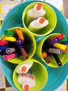 Way to organize art supplies at tables in a big plastic bucket. School Room Organization, Plastic Buckets, Getting Organized, Craft Projects, Craft Ideas, Art Supplies, Kids Toys, Future Classroom, Classroom Ideas