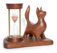 Hourglass Cat-2