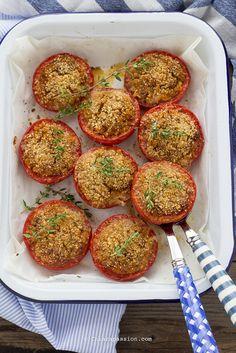 Pomodori gratinati, ricetta vegetarina facile. Recipe tomatoes gratin