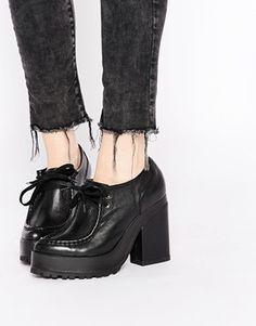 Eeight Erin Platform Heeled Shoes