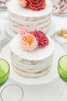 herbes de provence wedding inspired cakes - photo by Somerby Jones Photography