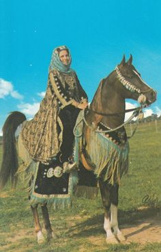 FALEH (Aiaa Eldin x Frashah) National Native Costume Champion 1971-1975…