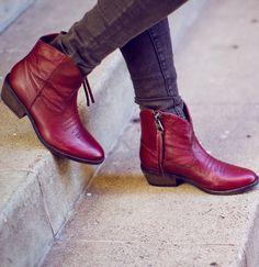 Burgundy Western Boots