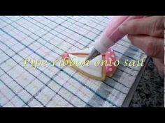 VIDEO: Cookie Decorating - How to Decorate Sailboat Cookies Cookie Decorating, Decorating Tips, Sailboat Cookies, Anchor Cookies, Cookie Videos, Cookie Tips, Cookie Tutorials, Hacks, Tutorials