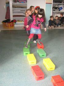 L'école maternelle de Nissan: Parcours de motricité : classe d'Anne
