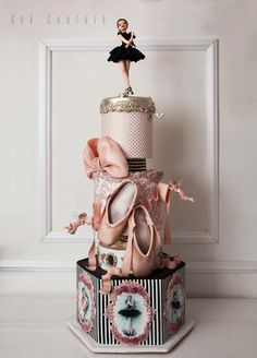 Ballerina by Kek Couture cake decorating ideas Ballet Cakes, Dance Cakes, Ballerina Cakes, Ballerina Dress, Ballerina Birthday, Gorgeous Cakes, Pretty Cakes, Cute Cakes, Amazing Cakes