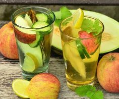 4 easy juicing recipes Ideas: Here is a collection of 4 diet juicing recipes that will have your body burn fat for you. These fat burning cleanse recipes. Dietas Detox, Summer Detox, Lemon Detox, Healthy Detox, Healthy Drinks, Healthy Nutrition, Detox Water Benefits, Health Benefits, Health Products