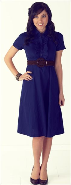 I don't know how this navy dress would look on me but it's still really cute