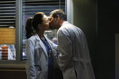 Grey's Anatomy: 15 Unforgettable Jackson and April Moments Greys Anatomy Jo, Greys Anatomy Couples, Greys Anatomy Facts, Alex Grey, Meredith Grey, Alex E Jo, Jackson And April, Olivia And Fitz, Justin Chambers