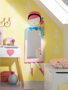 Find mirrors for kids room inspiration to create na amazing space to your children. Girls Bedroom, Bedroom Decor, Princess Room, Kids Room Design, Kids Decor, Home Decor, Little Girl Rooms, Kids Furniture, Playroom