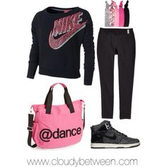 Love the bag:) I want it, please pretty please