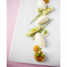 "foodartchefs: By @rogervandamme ""Apple dessert..."" #foodphotography #f52grams…"