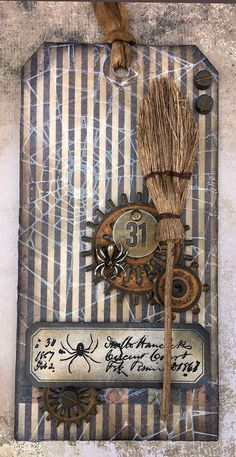 DIY Awesome Hallowen Tags Design Picture 19 - Real Time - Diet, Exercise, Fitness, Finance You for Healthy articles ideas Halloween Paper Crafts, Halloween Ribbon, Halloween Tags, Vintage Halloween, Card Tags, Gift Tags, Tag Art, Halloween Scrapbook, Wine Bottle Crafts