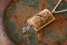 Oak Tree Wine Cork Necklace - I am the vine, you are the branches Jewelry Crafts, Jewelry Art, Handmade Jewelry, Jewelry Design, Jewelry Holder, Wine Cork Jewelry, Bottle Jewelry, Wine Craft, Wine Cork Crafts