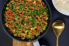 Asiatisk färswok Fried Rice, Fries, Corner, Lunch, Cooking, Ethnic Recipes, Food, Kitchen, Eat Lunch