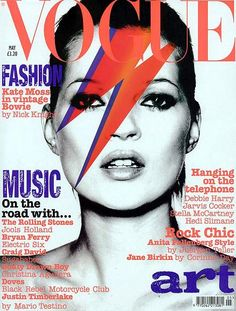Kate Moss portraying Bowie's Aladdin Sane for Vogue UK. May Photo by Nick Knight Vogue Magazine Covers, Fashion Magazine Cover, Fashion Cover, Vogue Covers, Vogue Uk, David Bowie, Vogue Vintage, Vintage Mode, Vintage Fashion
