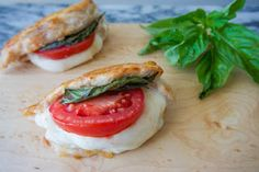 Caprese ain't just for salad anymore. Get the Recipe: Caprese Stuffed Chicken Chicken Breast Recipes Healthy, Chicken Recipes, Chicken Meals, Turkey Recipes, Ways To Cook Chicken, Main Meals, Family Meals, Stuffed Chicken, Delish