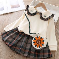Baby / Toddler Girl Doll Collar Flower Embroidered Solid Top and Plaid Skirt with Flower Bag Set Cute Flower Girl Dresses, Girls Dresses, Fashion Kids, Princess Girl, Princess Outfits, Matching Family Outfits, Baby Outfits Newborn, Plaid Skirts, Outfit Sets