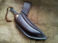 http://bushcraftusa.com/forum/showthread.php/72686-Svord-Peasant-sheath