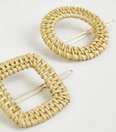 accesorios para el cabello tejidos sujetadores Crochet Ideas, Bracelets, Jewelry, Fashion, Fasteners, Stud Earrings, Bangle Bracelets, Two Tones, Moda