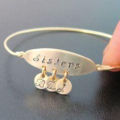 Personalized Sister Bracelet, Sister Jewelry, Personalized Sister Gift, Unique Gift for Sisters, Maid of Honor, Sister Bangle Bracelet