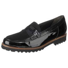 Die eleganten Gabor Slipper haben eine angenehm leichte Beschaffenheit und erhalten durch den Oberflächenmix aus Rau- und Lackleder eine besondere Note. Eine weich gepolsterte Decksohle macht die Slipper zudem zum tragefreundlichen Begleiter für jeden Anlass. Men Dress, Dress Shoes, Gabor, Elegant, Loafers Men, Oxford Shoes, Slippers, Note, Fashion